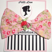 Dusty Pink Rose Mini Roses Center Hair Bow